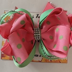 Beautiful boutique hairbow